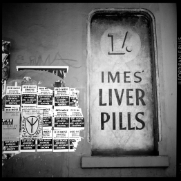 Imes Liver Pills (South Melbourne) [photograph, 2000]