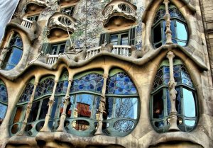 Casa Batllo (Barcelona, Spain). Architect: Antoni Gaudí.